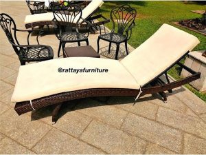Luxury sun lounger